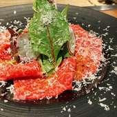 まろやかな味わいととろけるような食感の『北海道和牛ユッケ』