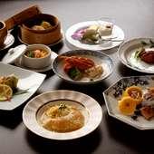 家族の集まりや会社の宴会など、コース料理で中華を満喫