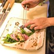 国産鴨や、契約農家さんの食材を、選りすぐりの食材を美味しく調理いたします。