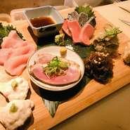 京都の食材、当店自慢のおばんざいなどを、人数様分少しずつ盛り合わせすることが可能です! ご注文の際に、〝京都盛りで〝とお伝え頂きますとスムーズです!