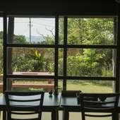 和室もテーブル席もあり、お年寄りから子供連れまで利用しやすい