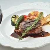 牛フィレ肉のステーキ~デュクセルソース