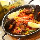 コシヒカリを使った、スペインの代表料理『魚介とサフランのパエリア』(2人前)