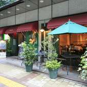 駅からも近いお洒落なイタリアンレストランで素敵なランチタイム