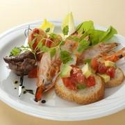 アンティパスト レガーロ(季節の前菜盛り合わせ)