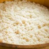 店主がこだわった美味しい『シャリ』は、2種類の米の独自配合です