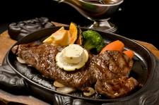 市場に出回らない幻の「鳳来牛」。一度食べたら忘れられない、脂身のサラサラ感をご堪能ください