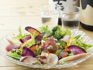 新鮮な魚介と野菜がはじける『鮮魚の和風カルパッチョ仕立て』