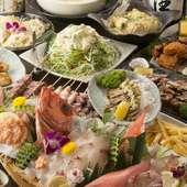小鉢や揚物、串ものが全15品。『豪華刺盛り付コース』では、舟盛りで旬魚の刺身を堪能できます
