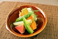 ピクルスとは欧米風の漬物のことをいいます。直接契約している農家さんから仕入れた新鮮な野菜を、シェフがこだわって作ったピクルス液に漬け込みました。ビネガーとハーブの香りがなんともいえません。