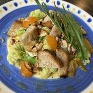 毎日お店で焼いている自慢のパン!どんなパンが提供されるかは来てからのお楽しみ