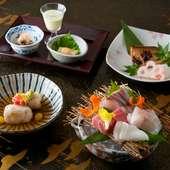 兵庫県津居山漁港から直送した新鮮な魚介類の『お刺身盛り合わせ』