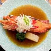 魚の良さを活かした上品な味わい。出汁の香りが食欲をそそる『吉次の煮付け』