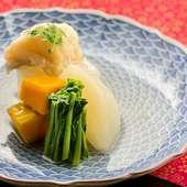 春から夏が旬のアイナメと、季節の野菜をやさしく炊いた『相並と野菜の炊き合わせ』