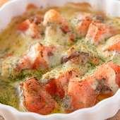 食材のコンビネーションが抜群。心あたたまる一品『トマトとアンチョビチーズ焼き』
