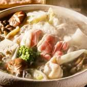 コーチンの旨みたっぷりスープが絶品『水炊き』