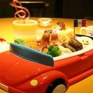 カップスープ、お子さまメイン(ハンバーグ・エビフライ・ソーセージ・パスタのワンプレート盛り合わせ)パンorライス ジュース デザート(プリン&アイス)