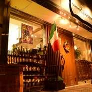 Riunioneとは「再会」という意味。一度来てくださったお客さまの再来店を願って付けられたそうです。