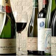上海料理をベースとしながらも、油を控えた調理法でつくる【礼華】の近代的な中国料理ヌーベルシノアは、ワインとも相性抜群。ワインと中国料理のマリアージュを熟知したソムリエがお酒選びをサポートしてくれます。