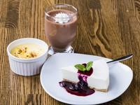 クレームブリュレ・チョコレートムース・レアチーズケーキ