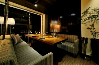 空間を贅沢に!外食の魅力溢れる場所