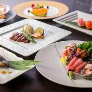 国産にこだわり、食材はもちろん日本酒、ワインなどのお酒も国産となっています。おいしい創作料理と和やかな時間を過ごせる個室空間は、接待にもぴったり。商談もスムーズに進みそうです。