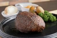 備長炭で焼く! 熊谷ラガーステーキ