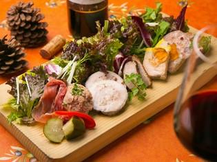 自家製の無添加『美食家のサラダ~サラダ・グルマンディーズ』