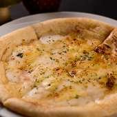意外な美味しい組み合わせにびっくり! 『ブルーチーズと蜂蜜のピザ』