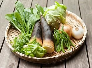 奈良南部の肥沃な土で育った野菜の土の香りを生かして食卓へ