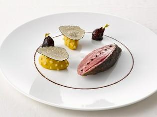 一皿の上に、夏らしい季節感を表現