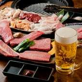 お肉も料理もお酒も安くておいしいから、焼肉宴会に最適