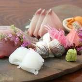 氷見漁港から直送される鮮魚。富山湾の海の幸は、鮮度と甘みが一味違う『刺身盛り合せ』