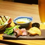 ゆばはもちろんおばんざいや季節の一品料理をお酒と共に楽しんでいただけます。