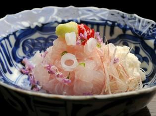 魚は瀬戸内のもの、豆腐は京都のものを多く利用します