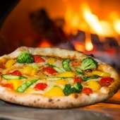 新鮮な野菜と自家製ソースが絶妙にマッチ『軽井沢高原野菜のピッツァ』
