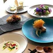 ピカソの好んだスープをはじめ 大自然をお皿の上から感じる美しいお料理をお楽しみくださいませ。