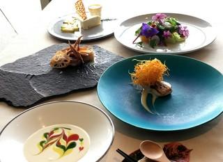 皿の上の自然Chef'ssスペシャルコース