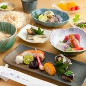 海の幸を存分に味わえるコース料理を囲んで、楽しい饗宴