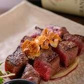 絶妙な火加減で焼かれたジューシーな『知床牛のステーキ』