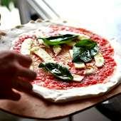 ピッツァの材料はすべてイタリア産にこだわった本格派