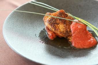 メイン料理を魚料理・肉料理・パスタ料理・ブランド和牛から選べるランチコース