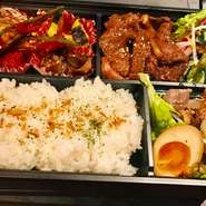おうちでフォーコ!フォーコのディナーメニューの和牛を使ったA5ランク弁当です。