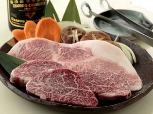 厳選した松坂牛や希少部位のお肉をふんだんに提供