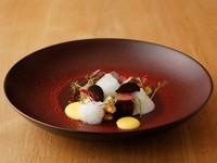 熟成肉の中勢以さんの神戸牛カイノミ / 淡路島産フルーツ玉葱 / ソース・ドルチェフォルテ