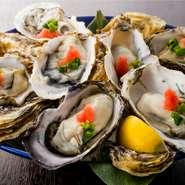 北海道から門司まで季節に応じた日本各地の旬の牡蠣を随時仕入れております。