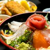 海鮮丼(ふつう)