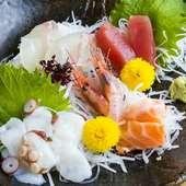 漁師直送! 鮮度抜群の魚介類を味わえる『お造り盛り合わせ』