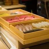 季節感豊かな食材と江戸前の仕事が、美しく粋な一貫を演出