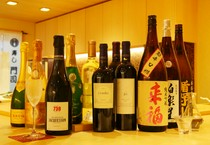 様々な銘柄を取り揃えたアルコール類